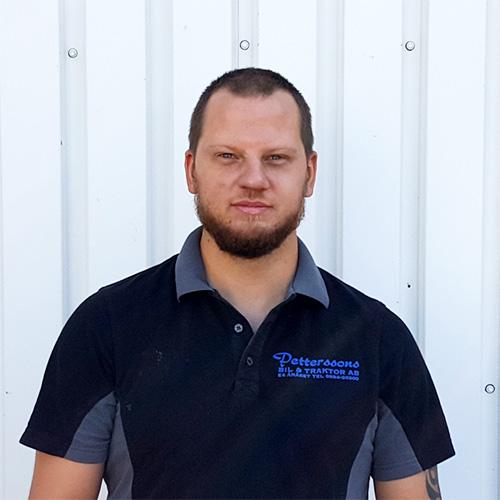 Mathias Lyren : Skadetekniker, Lackerare